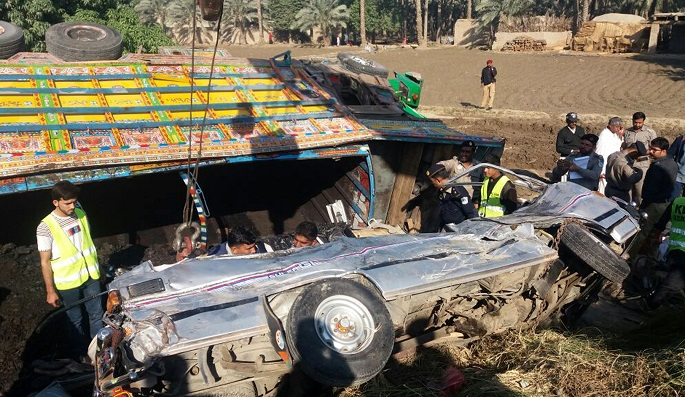 20 killed in road accident in Pakistan