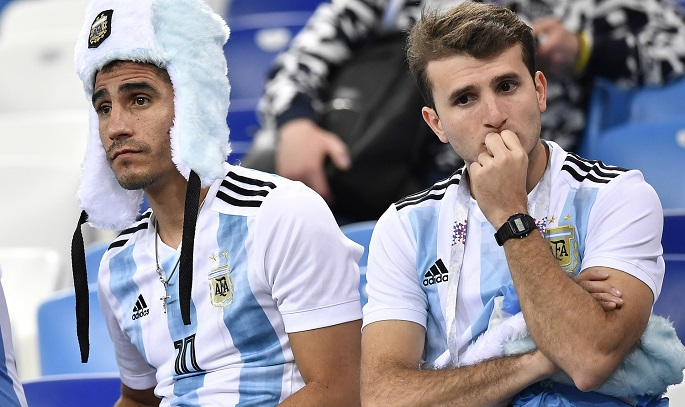 argentinian people downhearted after team s loss to croatia
